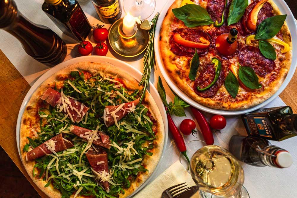 Via-Nova-2-italienisches-Restaurant-Berlin-Ueber-Uns-Galerie-2-Pizza
